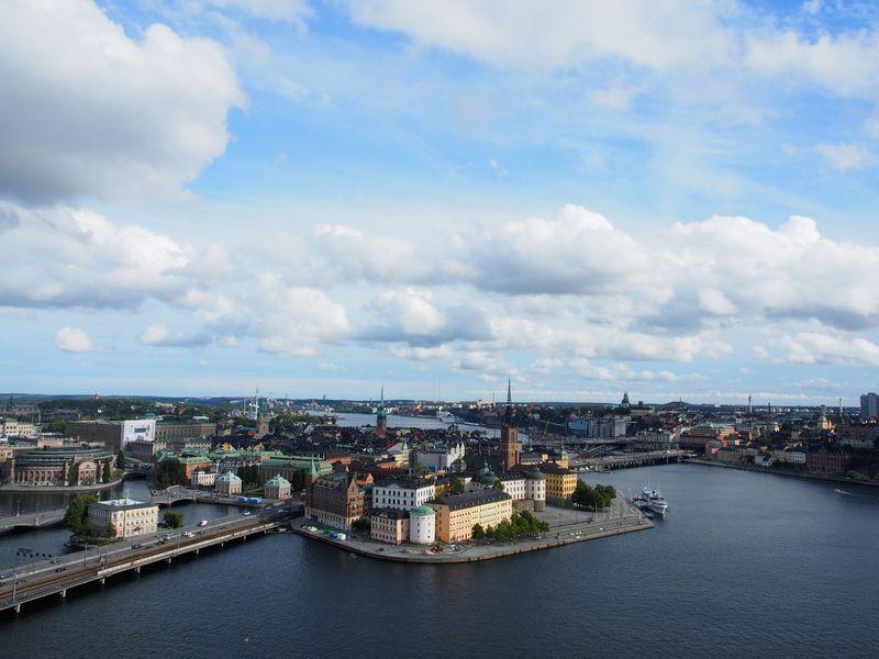 ジブリ「魔女の宅急便」の街コリコ!スウェーデンで公式モデル地めぐり!