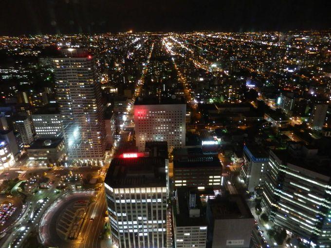 北都札幌の「エントランス」北方面の夜景