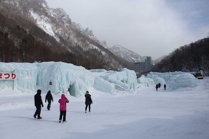 イベントが行われる「氷のステージ」