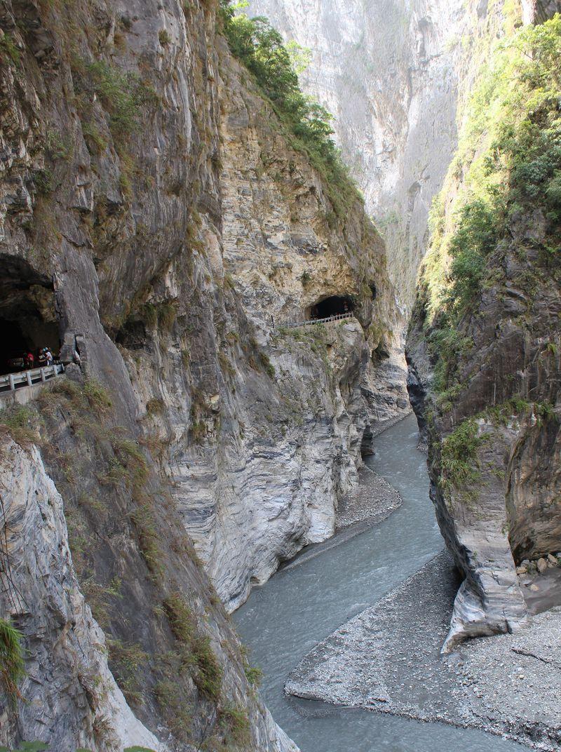 台湾八景、断崖絶壁が続く大自然!台湾・花蓮「太魯閣峡谷」