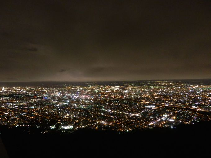 屋外からも夜景を鑑賞してみましょう!
