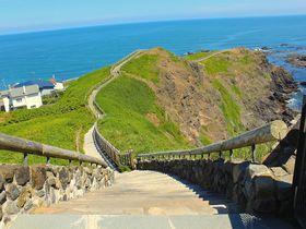 本当に何もない??日高山脈が太平洋に沈む!「襟裳岬」の大自然|北海道|トラベルjp<たびねす>