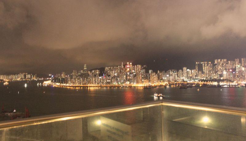 最上階から絶景を一望!香港「ホテル パノラマ バイ ロンバス」