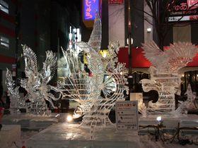 東京以北最大の歓楽街「さっぽろ雪まつり・すすきの会場」で氷を楽しもう!|北海道|トラベルjp<たびねす>