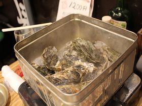 今「牡蠣のがんがん焼き」が美味しい!札幌場外・浜焼センターカキ小屋|北海道|トラベルjp<たびねす>