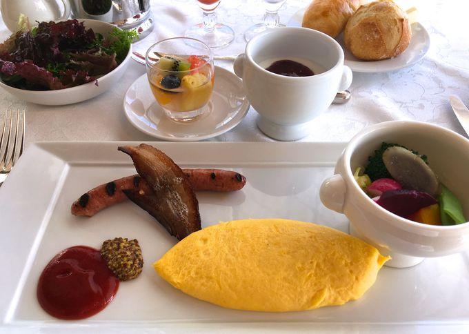 ホテル2階フレンチダイニング・ギリガンズアイランドで朝食を