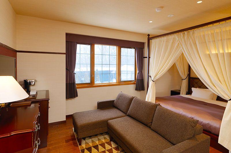 広々とした客室と露天風呂