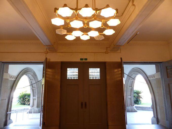 もとは昭和6年に建設された「旧第4師団司令部庁舎」