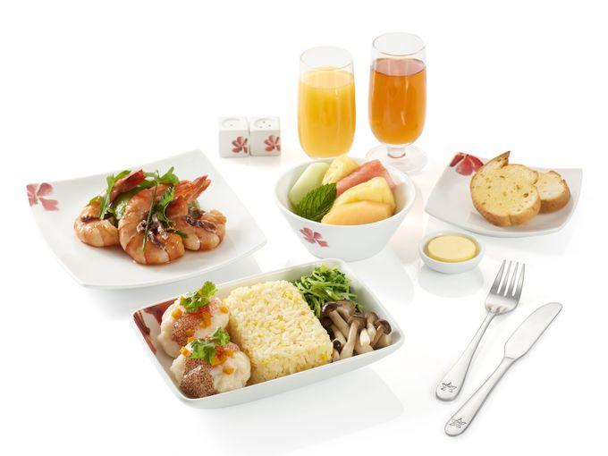 【ビジネスクラス】機内でもVIPラウンジでも香港グルメを!