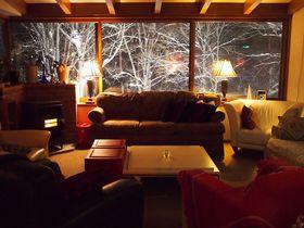 三大美人泉質の燕温泉!ブナの森の一軒宿「燕ハイランドロッジ」