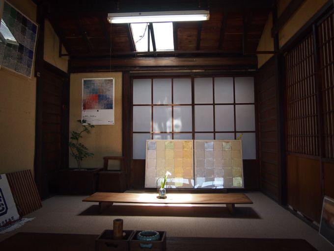 100年の歴史を経た日本建築と現代アートのコラボが織りなす美