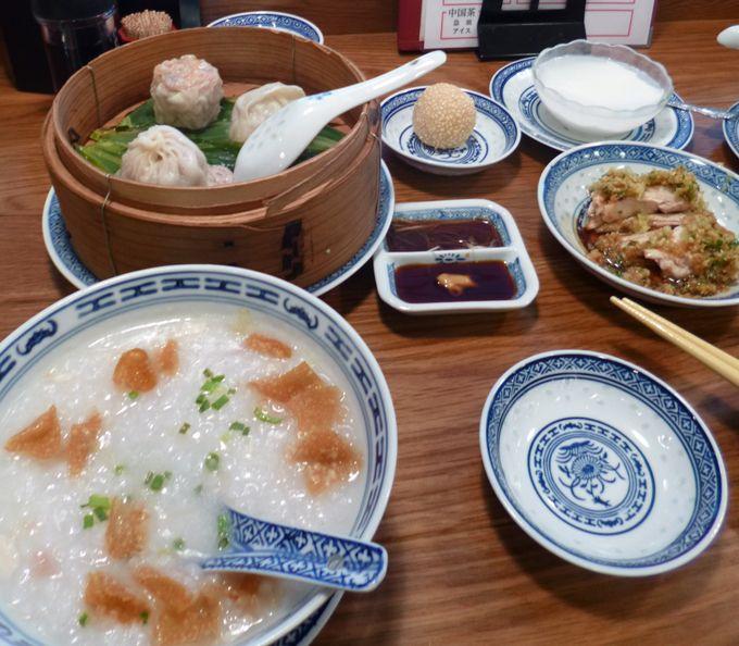 食べログのベストレストラン2010に選定!香港麺の「新記」