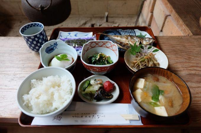 これぞ、和の朝ご飯。シンプルに美味しい。