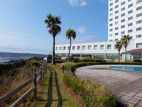 本州最南端の町の絶景ホテル!和歌山「串本ロイヤルホテル」橋杭岩を一望|和歌山県|トラベルjp<たびねす>