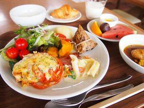 苫小牧の工場夜景も一望!朝食は北海道グルメ「グランドホテルニュー王子」|北海道|トラベルjp<たびねす>