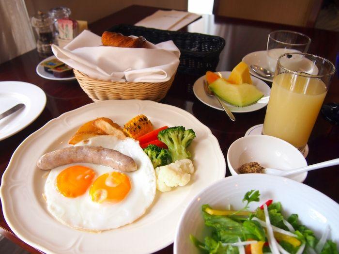 朝食は選べる3種!ブッフェ?or洋定食又は和定食