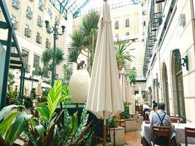 世界的デザイナーが手掛けた「水戸プラザホテル」豪奢な森の中の迎賓館で極上の時を|茨城県|トラベルjp<たびねす>