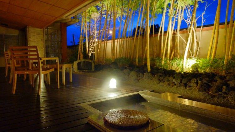 感動その2.竹明かり足湯、球磨川を望む大浴場と露天