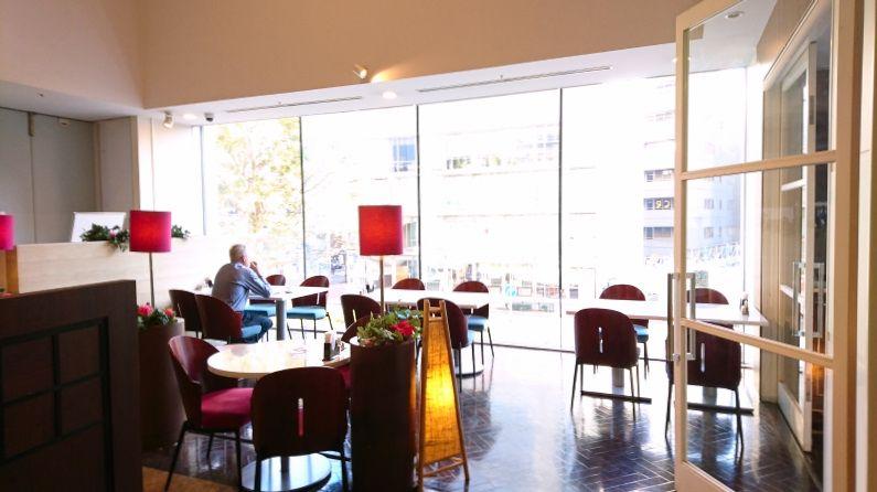 ホテルに3つのレストラン、トワイライトコンサートも人気