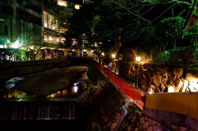 温泉は、露天など2つの宿の9つの浴場を楽しめる