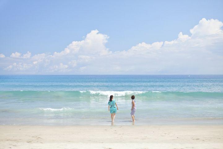 朝夕に散策、海辺のリゾートを満喫!