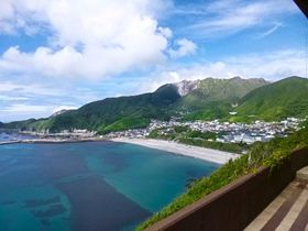 山頂に砂漠と楽園?神津島・花の百名山「天上山」ウォーク|東京都|トラベルjp<たびねす>