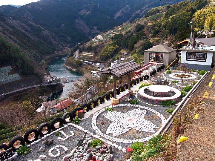 花の絶景を楽しむなら「花の里公園」&「池川茶園」