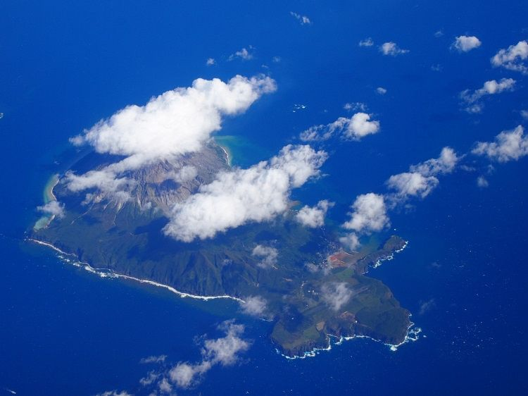 鹿児島から1時間の空路の旅もまた絶景!