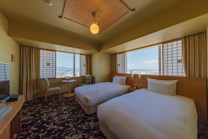ななつ星を彷彿「JR九州ホテルブラッサム大分」天空露天風呂・朝食も魅力
