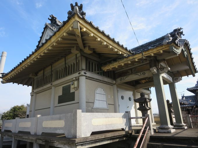 勝楽寺の納骨堂。