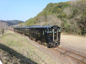「特急はやとの風」から「いさぶろう・しんぺい号」へ九州観光列車を乗り継ぎ!