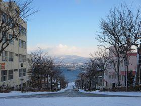 夜景だけじゃない、冬の函館は真っ白な雪景色も最高!|北海道|トラベルjp<たびねす>