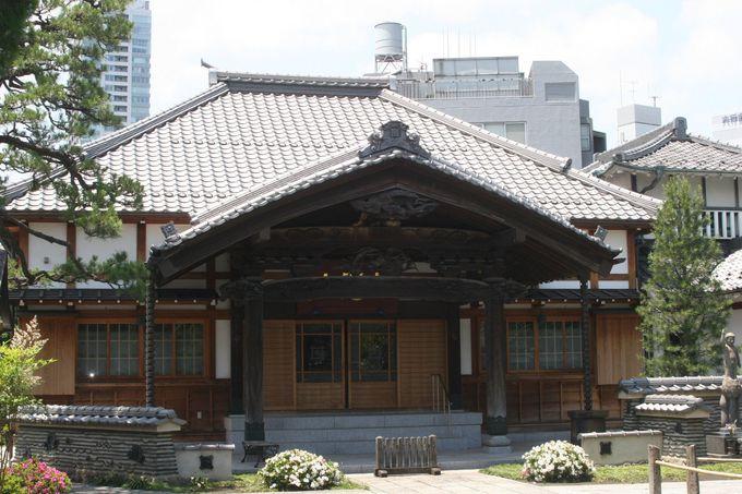 江戸時代に建てられた「本堂」