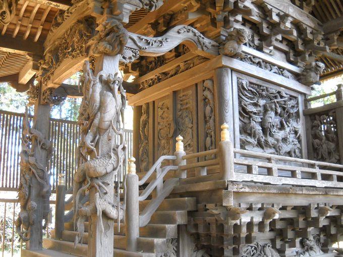 本殿は彫刻芸術作品テンコ盛り!千葉・我孫子「葺不合神社」