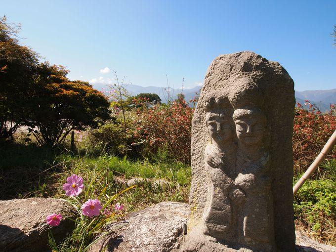 1番有名な道祖神「水色の時」