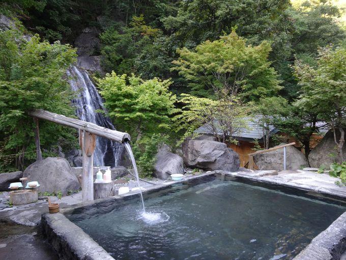 100%源泉かけ流しのお湯良し、眺め良しの露天風呂