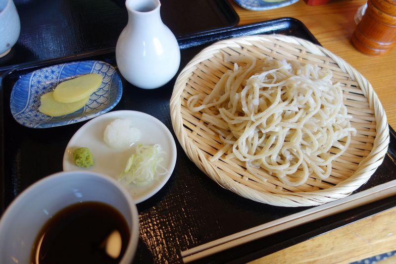 たった2時間で閉店!!那須湯本の小さな蕎麦屋「青木屋」はすべて手作り