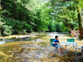 天然の川床でひ~んやり!!日光の涼スポット霧降川「床滑」で川遊び|栃木県|トラベルjp<たびねす>