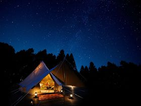 もう頑張らないっ!栃木・ツインリンクもてぎ「森と星空のキャンプヴィレッジ」で優雅なキャンプ|栃木県|トラベルjp<たびねす>
