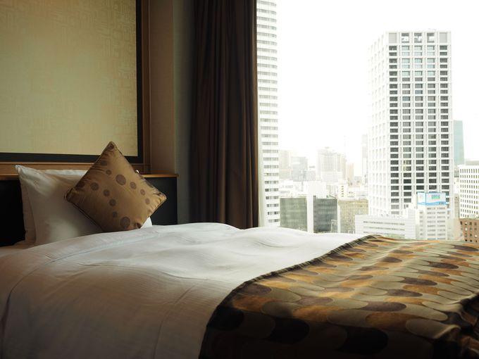 大都会の風景を客室に取り込んだゆとりの客室