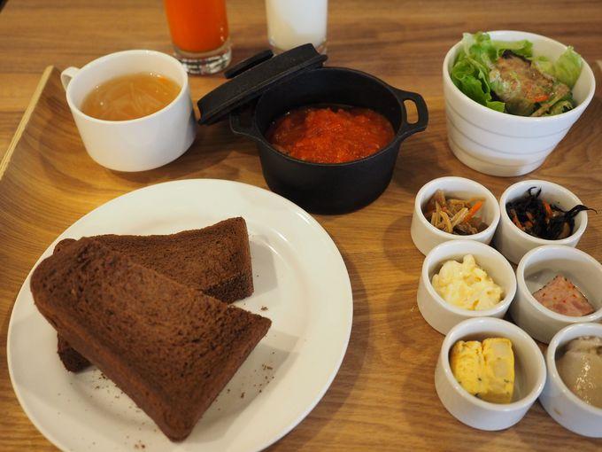 お肉屋さん直営「浅草グリルバーグ」のワンプレート朝食