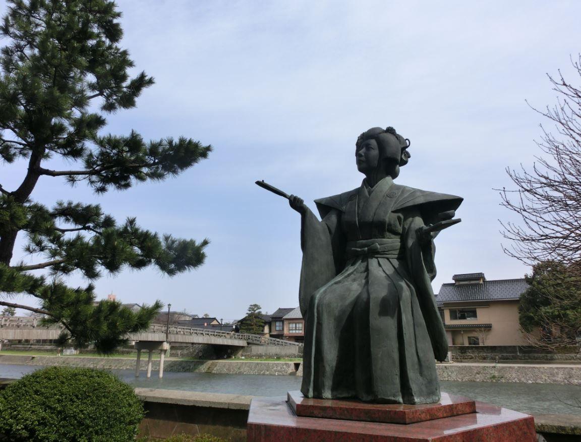 天下の書府・金沢で「文学」に触れる旅を