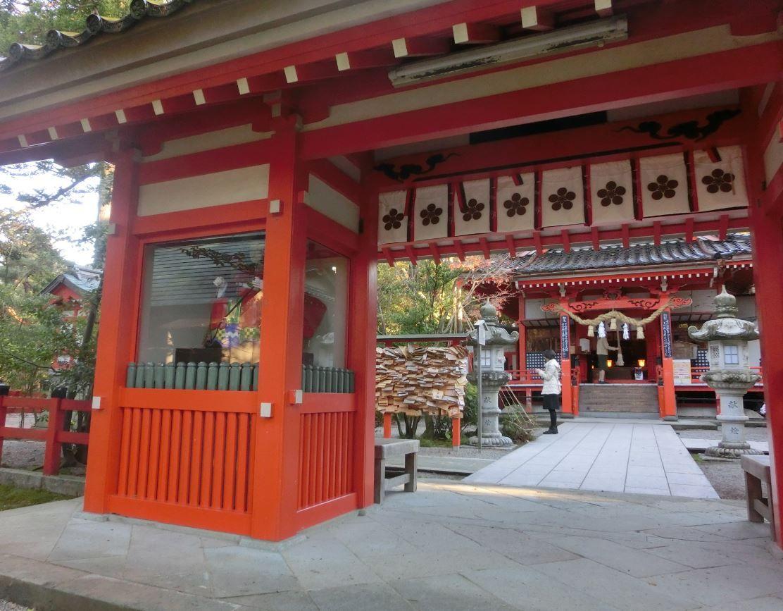 学業の神様「金澤神社」には金運も!