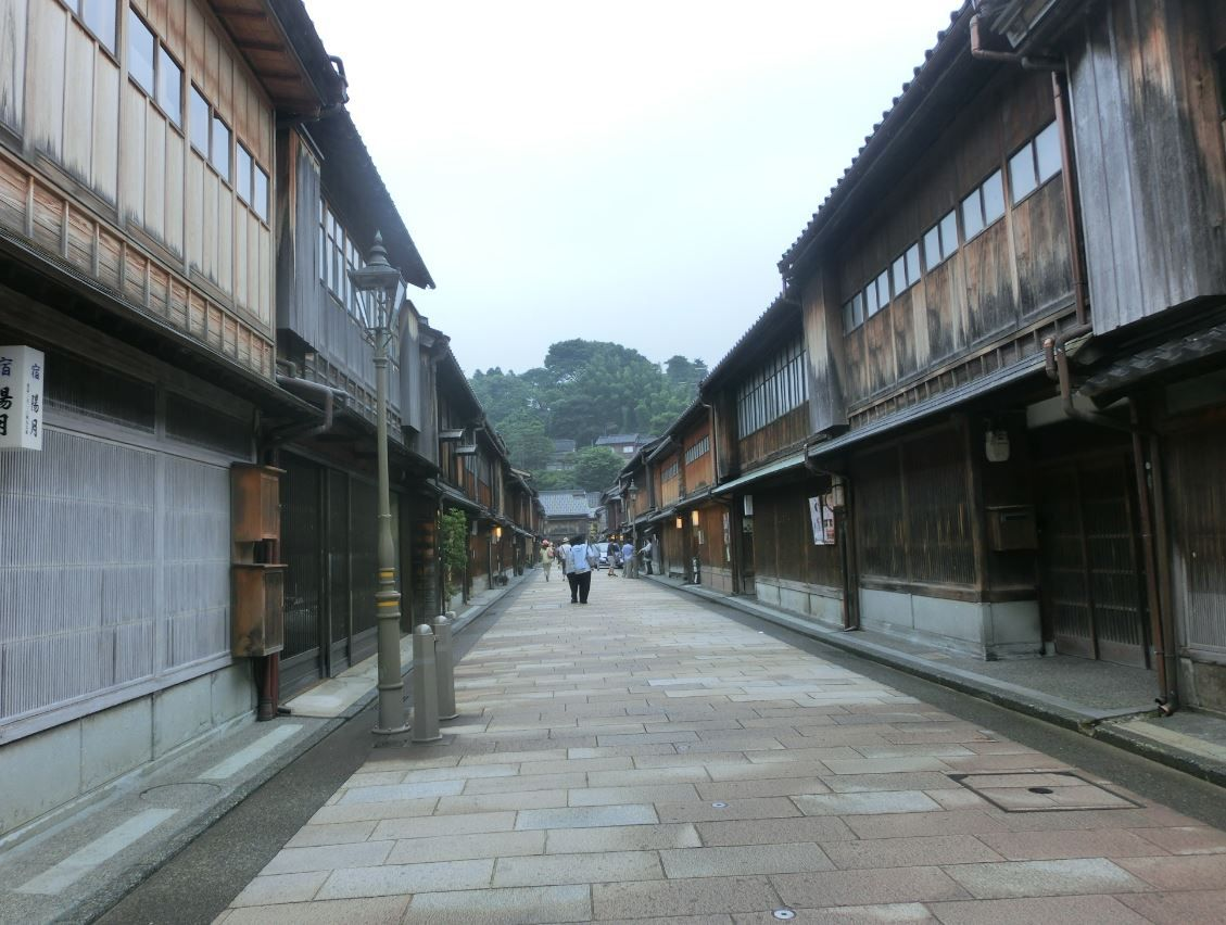 金沢観光の代表スポット「ひがし茶屋街」
