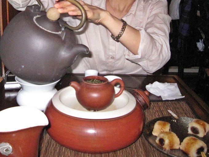茶芸館でまったり癒されよう
