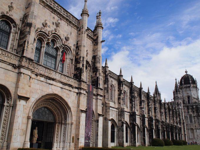 圧巻の美しさ!ジェロニモス修道院