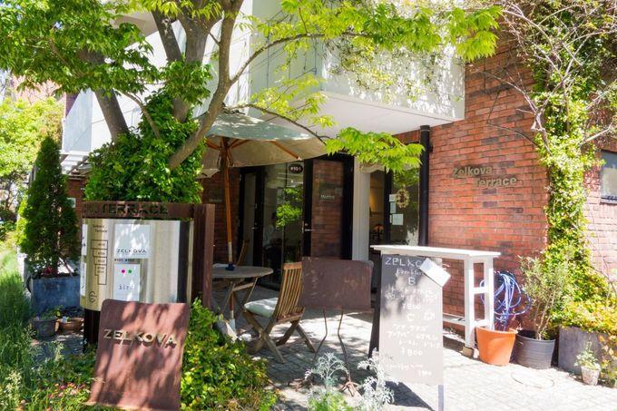小町通りの隠れ家カフェで朝食を