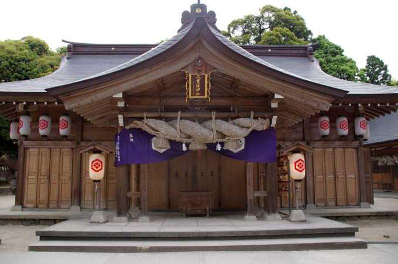 鏡の池で縁占い——島根県・八重垣神社