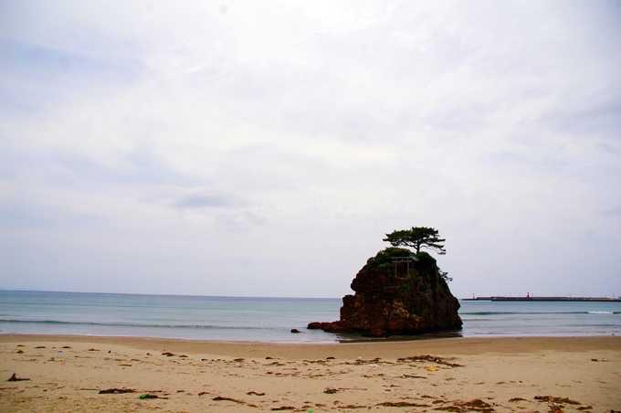 神様をお迎えする、稲佐の浜