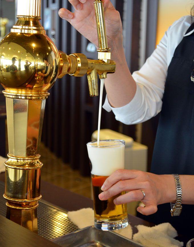 三度つぎ—ーおいしいビールの注ぎ方レクチャー